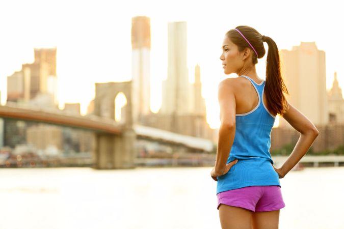 お腹痩せのために、筋トレで正しい姿勢を身に付けよう